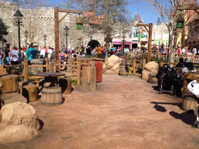 No Waiting at Disney with iWatch