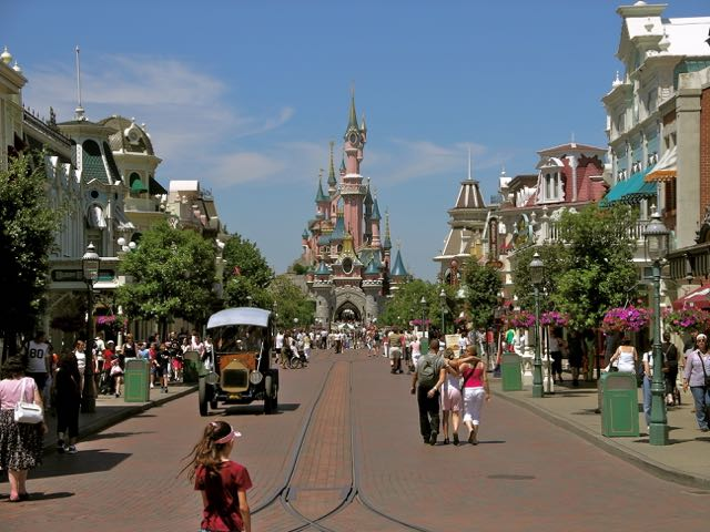 Like all Disney castles, Le Château de la Belle au Bois Dormant beckens guests down Main Street, U.S.A. to her gates.