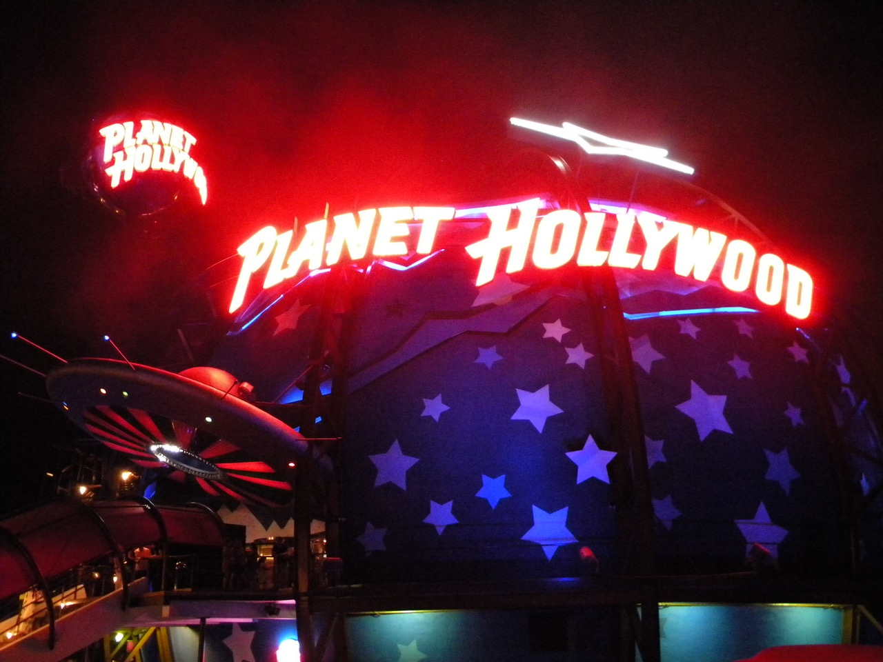 When Planet Hollywood opened, lines backed up for hours. It became the most successful restaurant and retail unit in its chain. Photo by J. Jeff Kobrer.