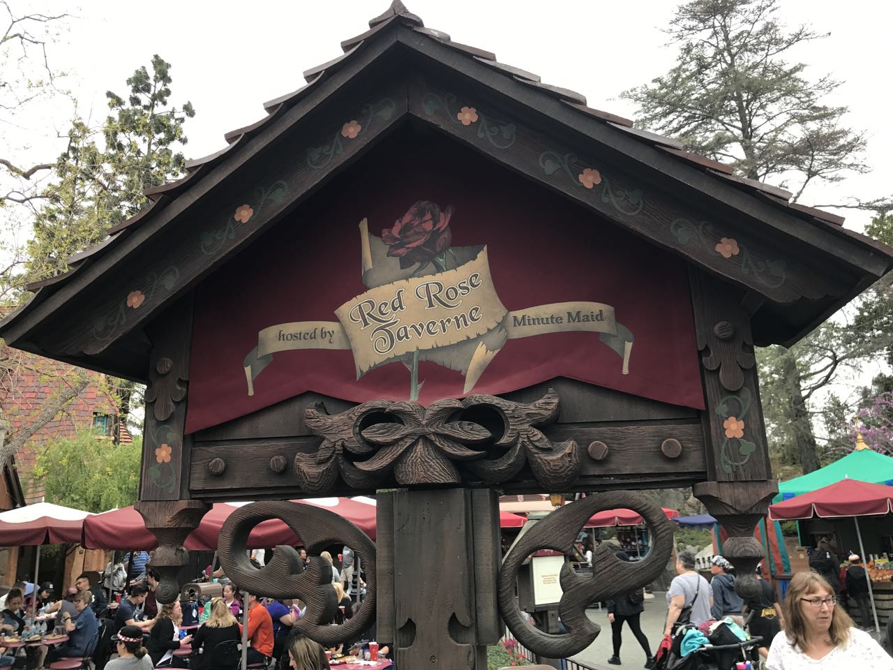 Red Rose Tavern at Disneyland–Facebook Live